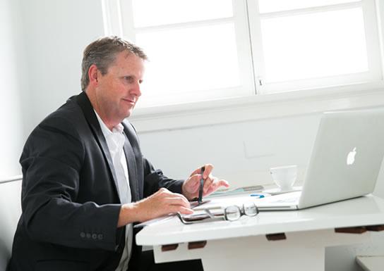 Cursuri online privind intelegerea si folosirea de platforme elearning
