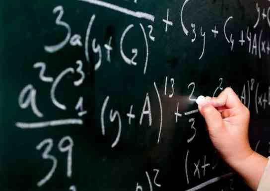 Cursuri online pentru pregatirea examenului de bacalaureat la mate si info